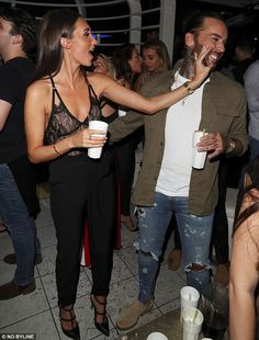 Pete Wicks and Megan McKenna party with Love Islanders Megan Mckenna, Best Street Style, Cool Street Fashion, Men's Accessories, Faces Nightclub, Gq, Nike Acg, Pete Wicks, Stylish Mens Haircuts