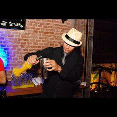 Wesley da @Flairs_ de Ribeirão, fazendo drinks moleculares na segunda 17/09 #2anoscasimiros