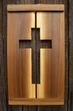 This is a rustic cross made from 4 pieces of poplar wood sanded and a coat of polyurethane has been applied. Item is 11 wide x 20 high. Cross Wall Art, Cross Wall Decor, Wood Shop Projects, Woodworking Projects Diy, Teds Woodworking, Small Wood Projects, Popular Woodworking, Craft Projects, Wooden Crosses