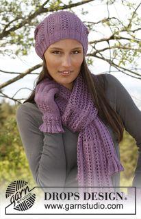 """DROPS čepice, šála a prstové rukavice s ažurovým vzorem pletené z příze """"BabyAlpaca Silk"""". ~ DROPS Design"""