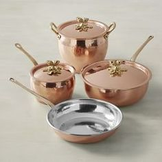 Williams Sonoma carries copper cookware that is professionally crafted for a balance of beauty and function. Find copper skillets and copper pots and pans from a variety of top brands, like Mauviel and All-Clad. Copper Cookware Set, Copper Pans, Cast Iron Cookware, Hammered Copper, Pots And Pans Sets, Copper Kitchen, Pan Set, Fun Cooking, Cooking Light