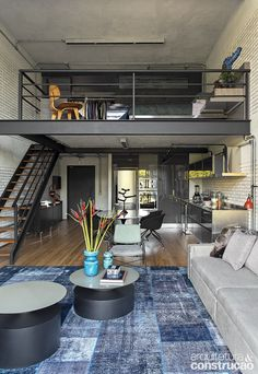 25 Amazing Interior Design Ideas For Modern Loft - GODIYGO.COM Loft is an extra space that looks like a second floor, but it is not eligible enough to be said … Loft Estilo Industrial, Industrial House, Vintage Industrial, Industrial Style, Industrial Workspace, Industrial Design, Industrial Bedroom, Kitchen Industrial, Industrial Loft Apartment
