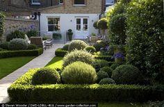 SWD-LDBLL-4616 LL2 - Louise del Balzo Garden Design