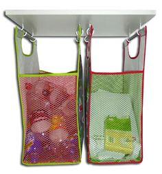 Recyclingtaschen im Schrank