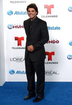 Jorge Luis Pila Photos - Jorge Luis Pila attends the 2014 Billboard Latin Music Awards at Bank United Center on April 2014 in Miami, Florida. - Arrivals at the Billboard Latin Music Awards Latin Music, Celebs, Celebrities, Music Awards, Billboard, Happy Friday, Handsome Guys, People, Photos