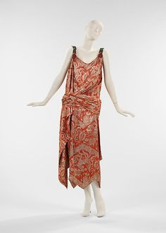 Vintage 1920's House of Worth evening gown #Metropolitan #Museum #Evening #Gown #1920's #20's #1925 #France #Beaded #Silk #Flapper #House #Worth
