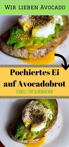 Pochiertes Ei auf Avocado und Brot. Eine super schnelle und unglaublich leckere Variante für das Frühstück.   Diese Zutaten braucht ihr:  1/2 reife Avocado 1 rohes Ei 1 Scheibe Brot (am besten getoastet) 1 Esslöffel Essig eine Prise Knoblauchpulver, Oregano, Salz und Pfeffer  Und so geht's:  as bereits getoastete Brot auf einem Teller vorbereiten. Die Avocadohälfte entweder in einer Schüssel zermatschen oder in Scheiben schneiden und auf das Brot ser...Klicke um weiter zu lesen