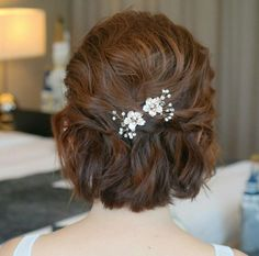 Best Picture For Prpr Hair before and after For Your Taste You are looking for something, and it is going to tell you exactly what you are looking for, and Short Bob Hairstyles, Bride Hairstyles, Bridesmaid Hair, Prom Hair, Bridal Makeup, Bridal Hair, Gypsophila Wedding, Homecoming Hairstyles, Hair Restoration