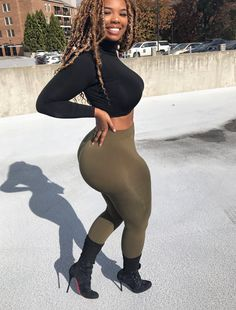 Thick and Curvy Catsuit, Glamour, Beautiful Black Women, Swagg, Black Girls, Curves, Sexy Women, Curvy Women, Photos