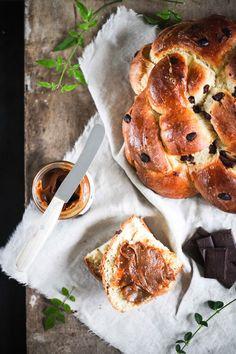 Rezept für Schokoladen Brioche Hefezopf mit Fleur de Sel Karamellcreme <3 / chocolate brioche recipe