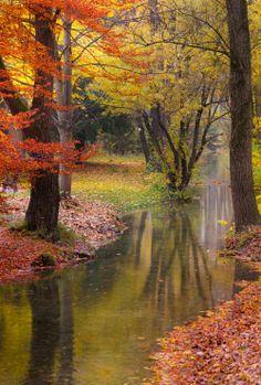 English Garden, Munich, Germany. photo: micema.