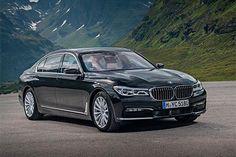 A BMW lançou nos Estados Unidos uma versão híbrida plug-in do Série 7 com 326 cv e preço de US$ 90.095.  O BMW 740e iPerformance é oferecido com entre-eixos alongado e tração integral.