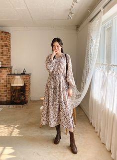 Modest Outfits, Modest Fashion, Kpop Fashion, Korean Fashion, Korean Dress, Summer Looks, Minimalist Fashion, Spring Summer, Asian
