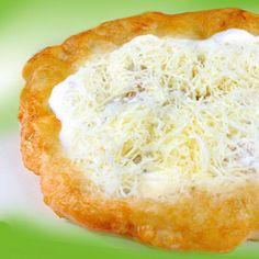 Lusta lángos Baked Potato, Mashed Potatoes, Goodies, Pizza, Yummy Food, Sweets, Baking, Ethnic Recipes, Charlotte