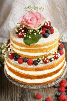 Confetti I Love Food, Confetti, Wedding Cakes, Naked, Desserts, Plating, Valentines Day Weddings, Engagement, Wedding Gown Cakes