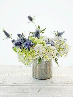Cosmo Flowers - Easy Flower Arrangements