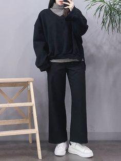Tips on korean fashion outfits 570 Korean Girl Fashion, Korean Fashion Trends, Korean Street Fashion, Ulzzang Fashion, Korea Fashion, Asian Fashion, Fashion Men, Tokyo Fashion, India Fashion