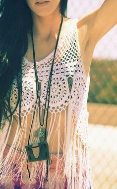 Crochet Inspiration! CafE y PunTaDas. ☀CQ #crochet #apparel  http://www.pinterest.com/CoronaQueen/crochet-apparel-corona/
