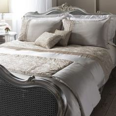 Buy Gallery Direct Lausanne Quilt Cover Set Cream Double online by Gallery Direct from CFS UK at unbeatable price. Contemporary Duvet Covers, King Size Duvet Covers, Duvet Sets, Bed Sets, Cottage Interiors, Quilt Cover Sets, Shabby Cottage, Bedding Collections, Lausanne
