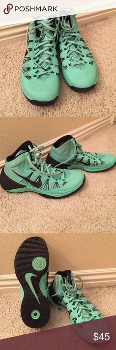 Nike Hyperdunk 2013 Worn to play about 10-15 times. The Soles are still in great condition. No signs of rips or tears in the material Nike Shoes Athletic Shoes