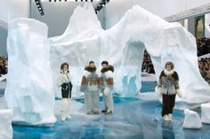 Giant icebergs at the Chanel show. This set is made from real ice and snow! Impressive real props, great idea for a gala event.