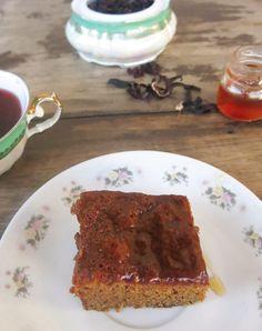 bolo umido de mel 2