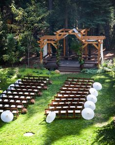 Outdoor Nevada City Wedding Decorations Photos By Erin Thiem Outside Inn Weddings Pinterest