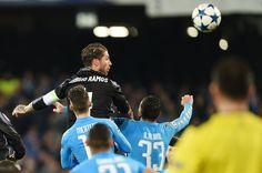 Sergio Ramos il Galactico: raggiunto Roberto Carlos, solo Hierro meglio di lui - http://www.contra-ataque.it/2017/03/07/napoli-real-sergio-ramos.html