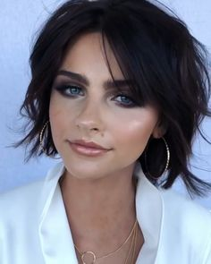 Hair Styles Are you looking for your next hair cut look? View the link below to get Hottest Short Bob Haircuts for Beautiful Women! Short Bob Haircuts, Cute Hairstyles For Short Hair, Girl Haircuts, Curly Hair Styles, Hair Short Bobs, Haircuts For Women, Male Hairstyles, Curly Short, School Hairstyles