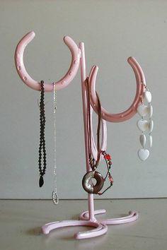 Rosely Pignataro: Reciclando ferraduras