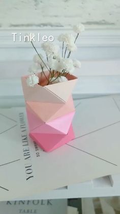 Origami Flowers 410531322287322994 - DIY Irregular Paper Flower Bottle Source by Instruções Origami, Origami Ball, Paper Crafts Origami, Easy Paper Crafts, Diy Paper, Paper Crafting, Origami Ideas, Newspaper Crafts, Origami Tattoo