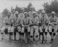 Moreland's baseball team, ca. 1920s. San Fernando Valley History Digital Library.