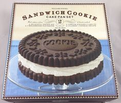 Williams Sonoma Sandwich Cookie Cake Pan Set