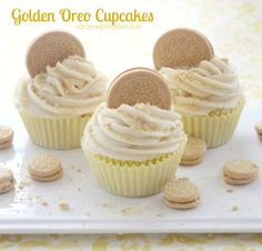 golden oreo cupcakes 039