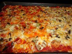 Halfway homemade pizza