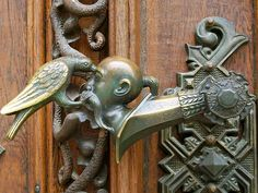 Hluboká nad Vltavou Castle by MichaelDuquetteFowler . look at the amazing detail in this handle If you have any questions at all about windows or doors, feel free to contact us - just answers, no sales (unless that's what you're asking for :-) Door Knobs And Knockers, Knobs And Handles, Door Handles, Door Knockers Unique, Porches, Cool Doors, Unique Doors, Antique Door Hardware, Door Detail