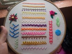 Embroidery bordado puntos Ideas for 2019 Embroidery Hoop Crafts, Embroidery Hearts, Mexican Embroidery, Hand Embroidery Videos, Embroidery On Clothes, Embroidery Flowers Pattern, Embroidery Works, Cute Embroidery, Machine Embroidery Patterns
