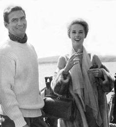 Rod taylor as mitch brenner in the birds. Need a big white sweater. Both looking stylish