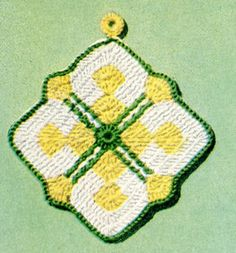 Crossbar Pot Holder crochet pattern from Pot Holders, originally published by American Thread Company, Star Book No. 101, from 1953.