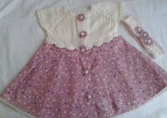 Fabric knit dress pattern for girls with buttons flowers Sewing Baby Clothes, Crochet Clothes, Doll Clothes, Baby Dress, The Dress, Little Girl Dresses, Girls Dresses, Vestidos Sport, Baby Fabric
