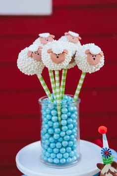 Little lamb cake pop