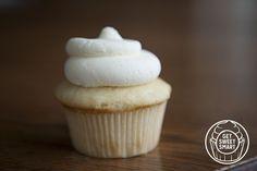 Georgetown Cupcakes vanilla bean cupcake recipe  #recipe #vanilla