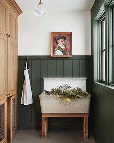 BM Backwoods best dark green paint colors to use in your home Green Paint Colors, Door Paint Colors, Cabin Paint Colors, Painting Trim, House Painting, Dark Green Rooms, Green Painted Rooms, Green Front Doors, Bedroom Green