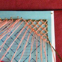 Marque page dentelle aux fuseaux grille l lolilou - Modeles gratuits de grilles de dentelles aux fuseaux ...