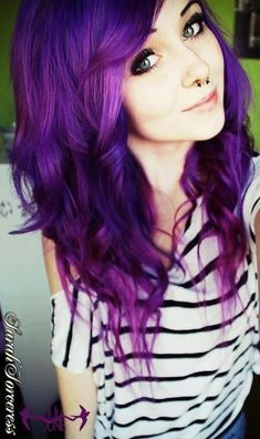 Love how vibrant this purple hair is. But I'd never dye my hair this color Pelo Emo, Coloured Hair, Dye My Hair, How To Dye Hair, Rainbow Hair, Hair Dos, Gorgeous Hair, Pretty Hairstyles, Scene Hairstyles