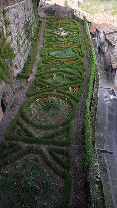 Giardini Segreti, Castello Ruspoli, Vignanello, Italy.