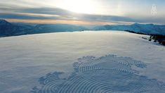 Snow mural - Simon Beck