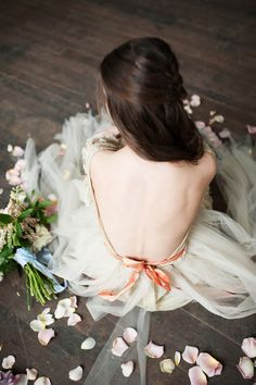 Photography: Kristina Curtis - www.kristinacurtisphotography.com  Read More: http://www.stylemepretty.com/2015/04/03/dreamy-spring-inspiration/