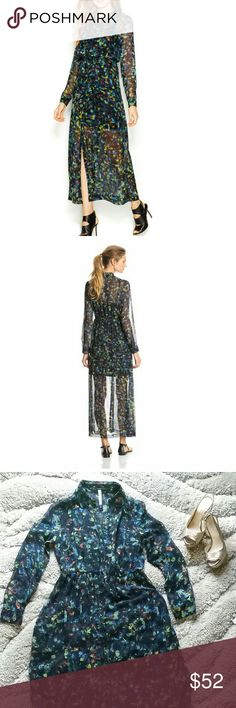 """30% OFF BUNDLES 🎉 KENSIE MAXI DRESS Gorgeous sheer kaleidoscope petal print maxi dress from Cremieux. Point collar, button down front closure, long sleeves with two button cuff closure, removable slip, elastic at waistline. Shell and lining 100% Polyester. Approx.measurements:bust 36"""", waist 28""""(can stretch up to 36"""") Length from shoulder to hem 54"""". There is a tiny run bellow one knee. Not noticeable. Kensie Dresses Maxi"""
