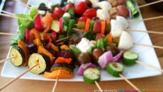 אנטיפסטי על שיפוד I Love Food, Fruit Salad, Nom Nom, Dishes, Cooking, Party, Recipes, Kitchen, Fruit Salads